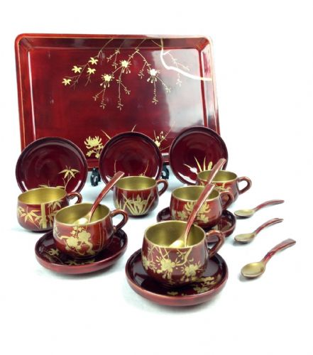 Vintage Papier Mache Lacquered Tea Set / Tea Cup / Boxed / Red And Gold